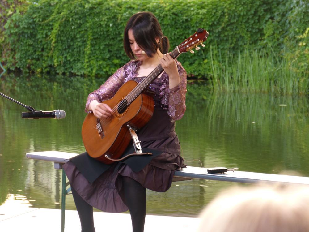 Offene Bühne, Gitarrensolo von J. Hermit